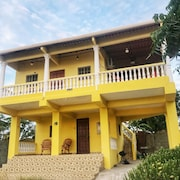 2 Story Beach House Just Steps From the Beach!!