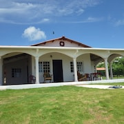 Uverito Beach House is a 2 Bed/2 Bath House Just Steps From the Beach!