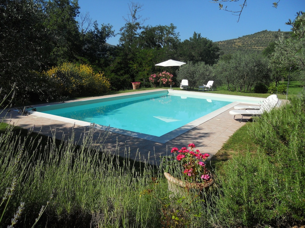 Pool, Charming Cottage With Pool, Nestled in the Heart of Val Di Chiana