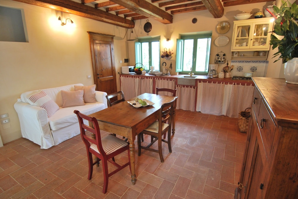 Living Room, Charming Cottage With Pool, Nestled in the Heart of Val Di Chiana