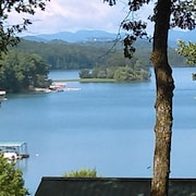 Lake Chatuge Country Cottages Cozy Up At Carolina Cottage Dock Slip Avail