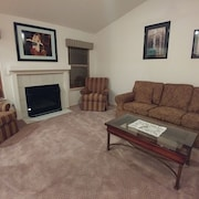 Summerlin 3 BDR Las Vegas House, Red Rock Casino Best Neighbourhood 5 Beds