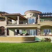 Quivira Los Cabos Condos & Homes - Vacation Rentals