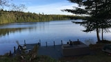 QuickStay - Heavenly Cottage (Beautiful Lake Views) - Bracebridge Hotels