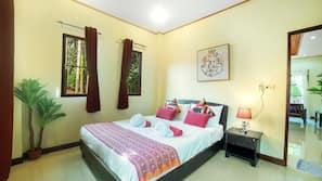 2 bedrooms, in-room safe, desk, free cots/infant beds