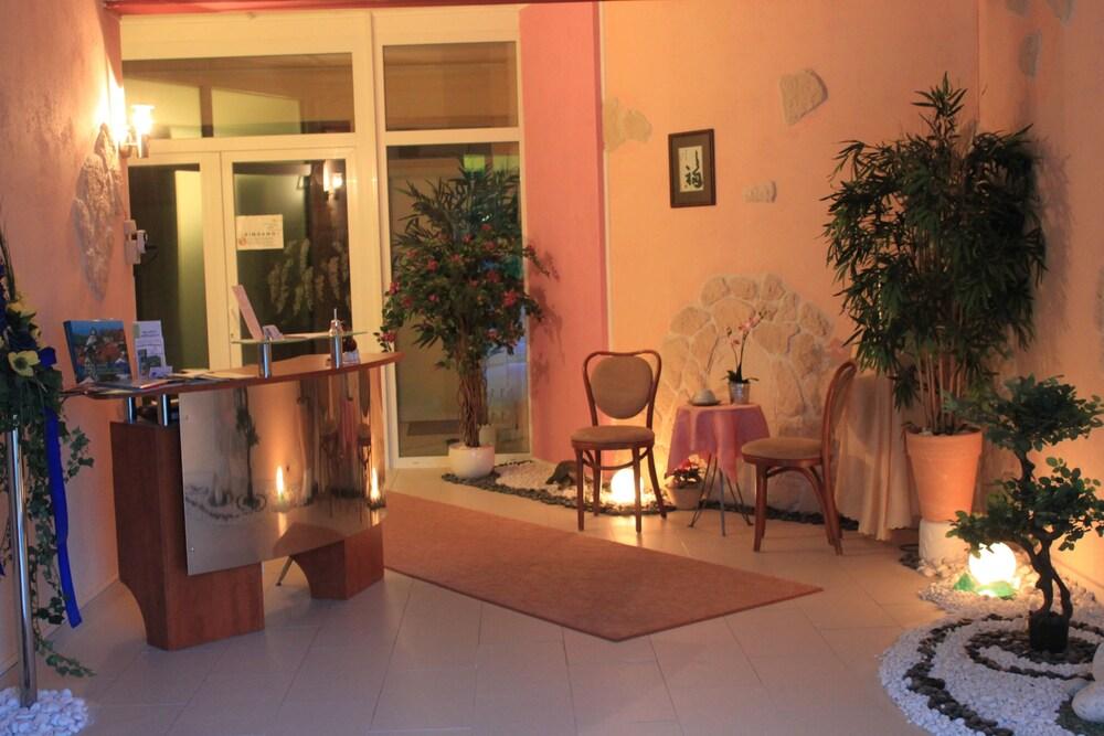 apartmenthotel vollumen redwitz an der rodach germany. Black Bedroom Furniture Sets. Home Design Ideas
