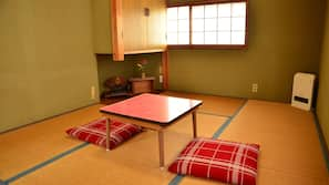 2 bedrooms, free WiFi, linens