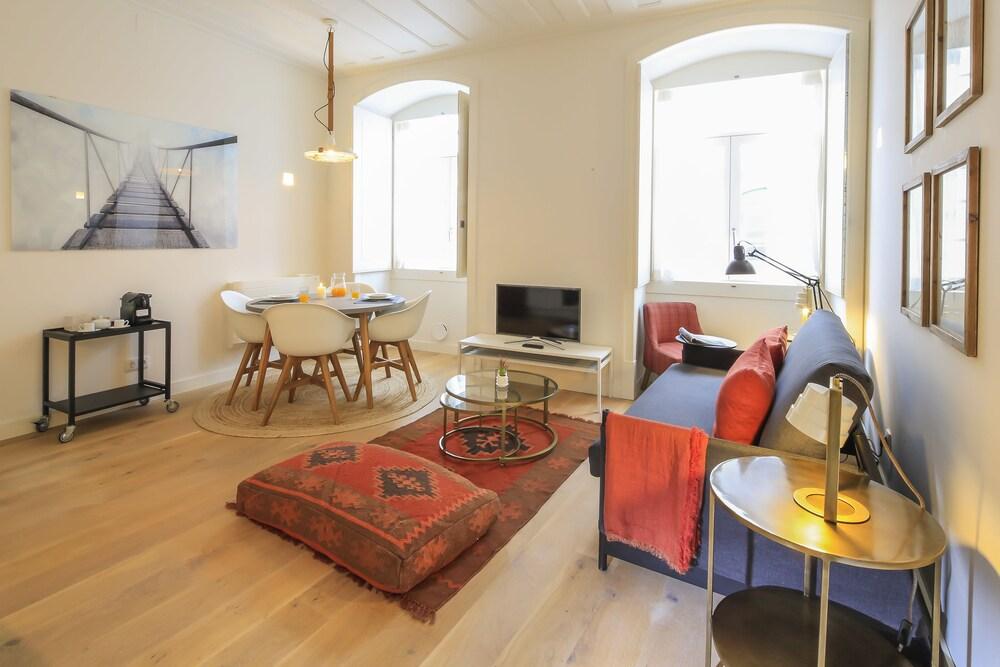 Bairro Alto Apartments by linc: 2019 Room Prices , Deals
