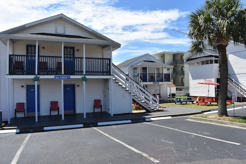 Great Place to stay Midtown Cottages near Myrtle Beach