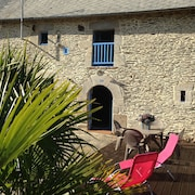 Cottage of 130 m² for 6 People in Guillac