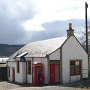 Pier Cottage On Holy Loch Shore, Sea And Mountain Views