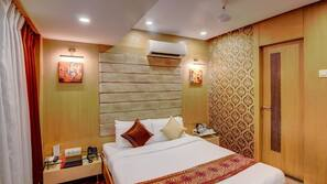 In-room safe, iron/ironing board, free rollaway beds, free WiFi