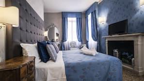 高档床上用品、迷你吧、免费 WiFi、床单
