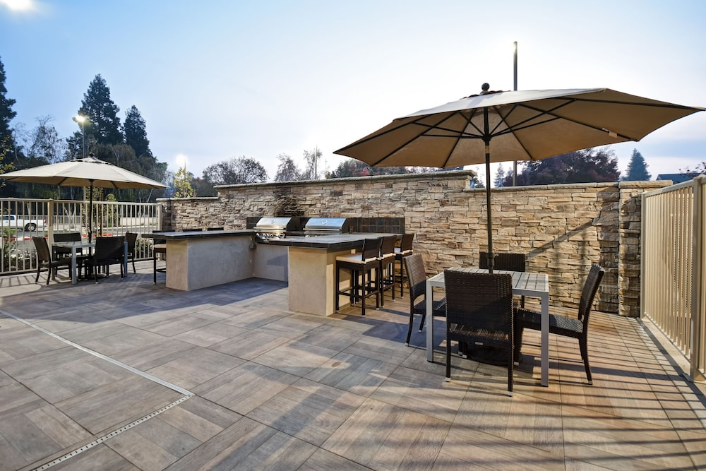 BBQ/Picnic Area, Homewood Suites by Hilton Pleasant Hill CA
