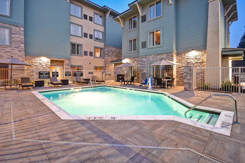Outdoor Pool, Homewood Suites by Hilton Pleasant Hill CA