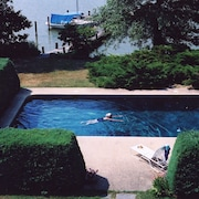 Waterfront House, Private Pool & Dock, Free Wifi, Eastern Shore of Chesapeake