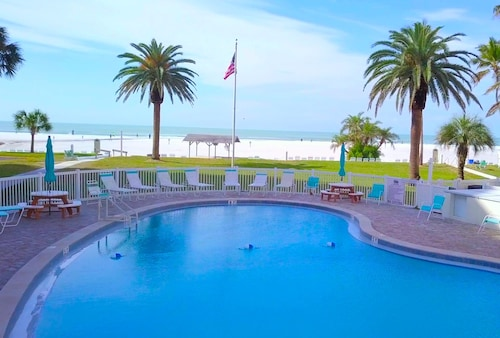 Siesta Key Gulf Side~#100 - Peaceful Private Condo, 3 Pools, Jamaica Royale