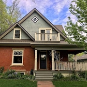 Inviting, Open, Walk to Pearl, 3,000 Sq Ft Historic Victorian, Lrg Private Yard