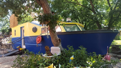 Hill Country Houseboat Rentals Find Cheap 54 Houseboat