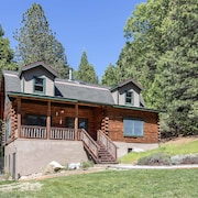Modern Log Cabin on Cascade Canal, 5 Minutes to Downtown Nevada City