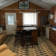 Relax, Enjoy, Family Owned Houseboat. Rent 5 Nts, 6 nt Free