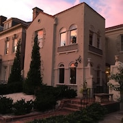Stunning Mediterranean Monument Avenue Flat in the Heart of Rva's Fan District