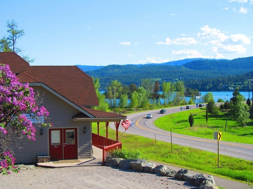 Stunning Somers Bay Home on North end of of Flathead Lake