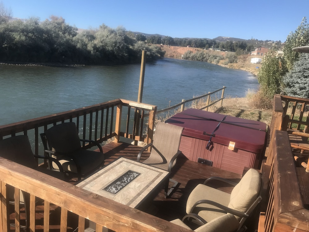 Riverside Cabin W/ Hot Tub Near Fly Fishing And Hot Springs: 2019