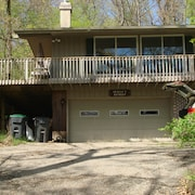 Rock River Waterfront Retreat - the