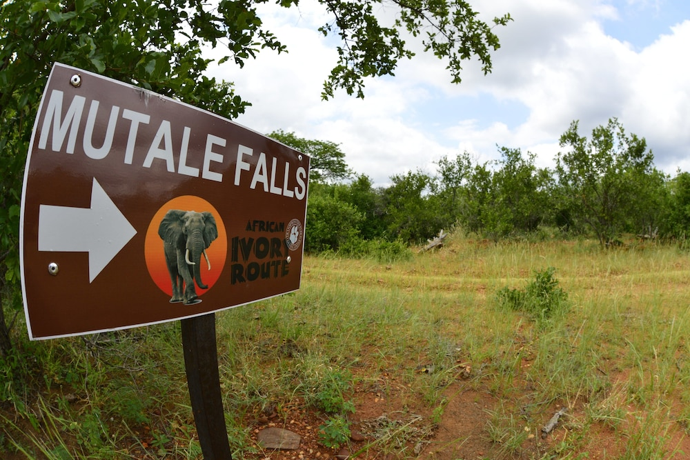 Property Grounds, Mutale Falls Safari Camp
