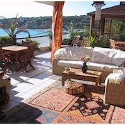 Feet IN Water, Special 70m2, Wifi, Luxurious 60m2 Terrace, South Presentation