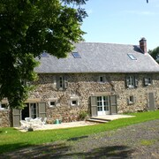 **** Renovated Large Farm in the Countryside