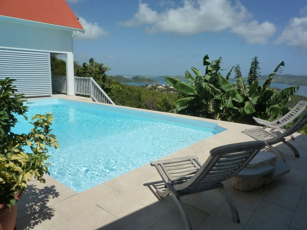 Book Small Furnished House Rental With Pool Robert Martinique | LE ROBERT  Hotel Deals