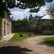 At the Heart of the Loire Castles, The Stables Jallanges