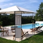 Luxury Cottage 4 Ears, With Pool in the Heart of the Loire Country