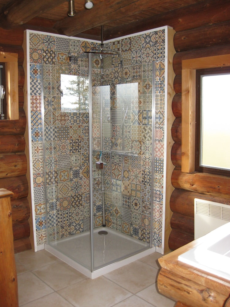 Bathroom, Two log Houses With Swimming Pool and Sauna in Essoyes, Champagne