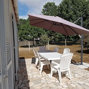 House 2 key Holidays, on Fenced 900m2, set Back From Roadside, Quiet