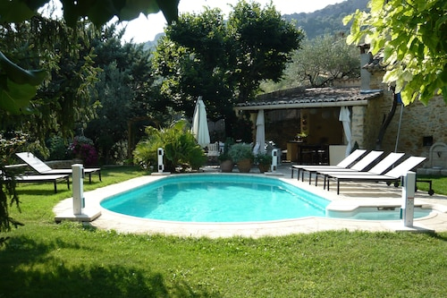 Villa for Rent in Nyons, in the Provencal Drome, Sleeps 6