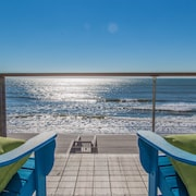 Luxury Oceanfront 4 Bedroom. July Availability!!!
