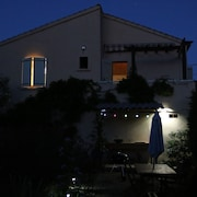 St Florent Independent Villa With Private Pool and Garden