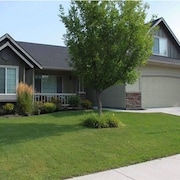 Home Away From Home in Meridian, Close to I-84 Boise, Nampa, Caldwell, & Kuna