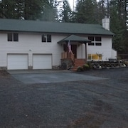 Spaciouse Family And Dog Friendly Mt. Hood Home