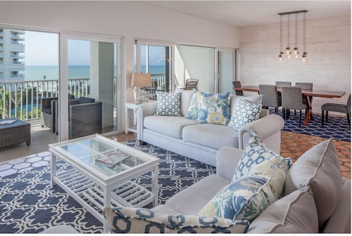 Beach Penthouse 803 on the Gulf of Mexico and Gulfshore Drive