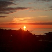 Sunset Glory -best Views Of The Bay In Downtown Petoskey - Where You Want To Be!