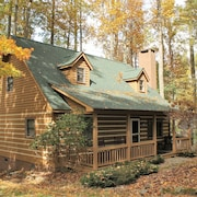 Blowing Rock Log Cabin.close to Tweetsie Railroad, Shopping and Hiking