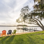 Orlando Luxury Lakefront Ski Home