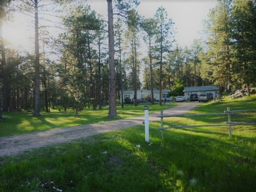 Great Place to stay Peaceful Country Get-a-way near Custer