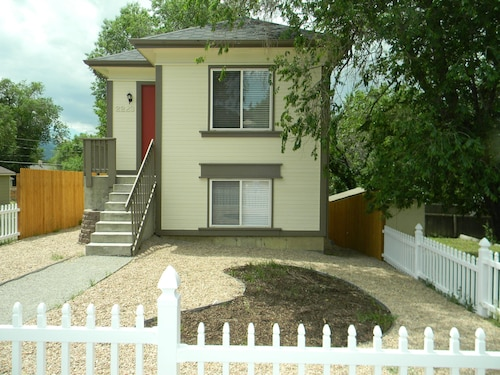 Great Place to stay Recently Renovated Modern House Close To Downtown Springs, Parks And Shops near Colorado Springs