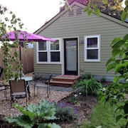 Lovely Cottage, Very Private. Explore Portland,mt Hood,gorge-discount SEE Below