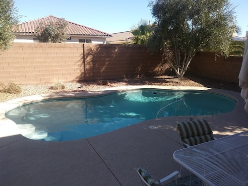 Secure Pool Home 20 Minutes From The Strip!